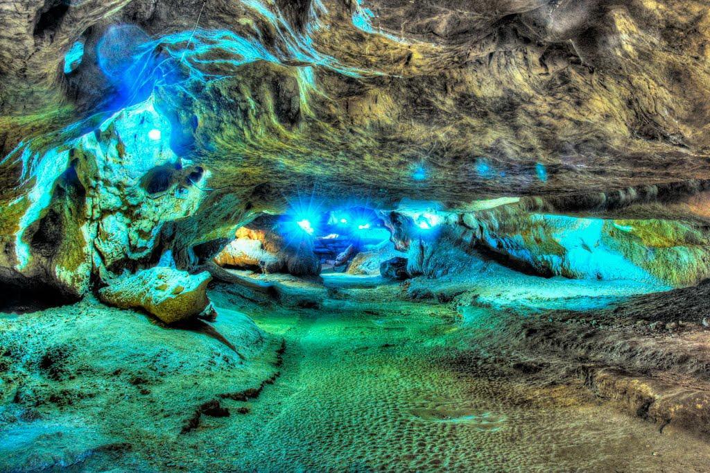 katale-khor-cave